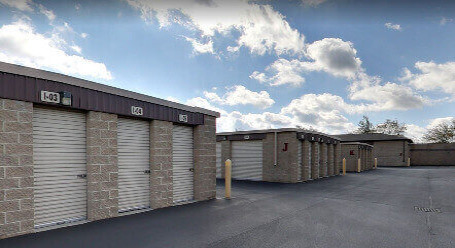 StorageMart on Cumberland Rd in Noblesville - Drive-Up Storage Access