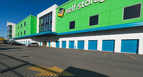 StorageMart on East Kent Avenue North in Vancouver Loading Bay