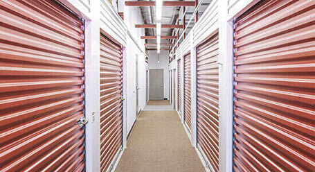 StorageMart on I St in Omaha Interior Units