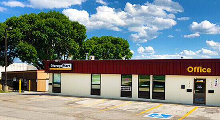 StorageMart on I St in Omaha Self Storage