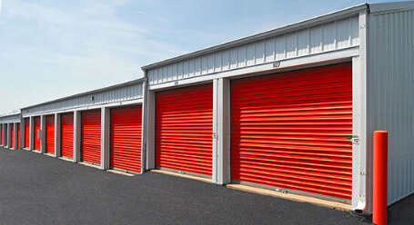 StorageMart on James Ct in Lexington drive up storage units