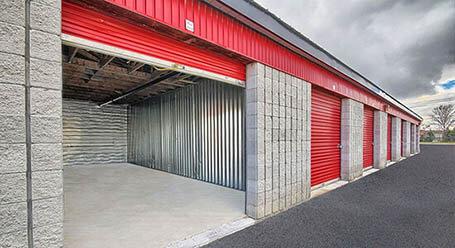 StorageMart on Keele Street in Maple Drive-Up Units