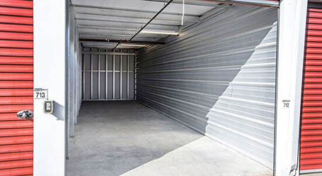 StorageMart on Kingsview Blvd in Airdrie drive up unit