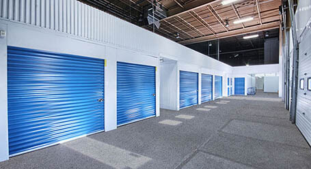 StorageMart on Lauzon Road in Windsor Covered Loading Bays