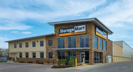 StorageMart en Metcalf en Overland Park instalación de almacenamiento