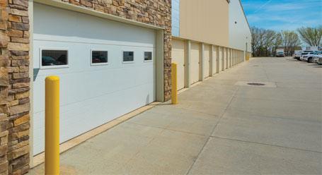 StorageMart en Metcalf en Overland Park Almacenamiento cerca de usted