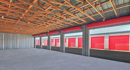 StorageMart on Middlefield Road in Scarborough Workshop Unit