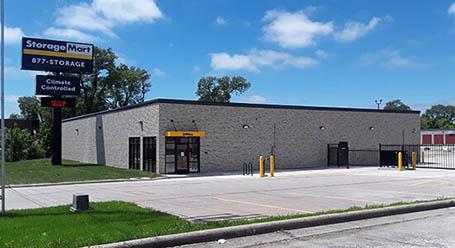 StorageMart on N Glenstone Ave in Springfield Self Storage