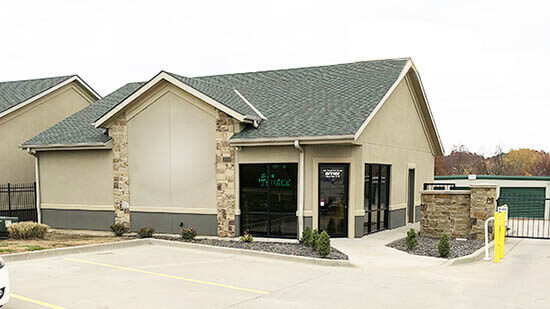 StorageMart en Northeast Jefferson Street en Blue Springs almacenamiento