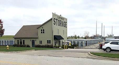 StorageMart en Northeast Jones Industrial Drive en Lees Summit Almacenamiento