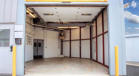 StorageMart on Northwest Prairie View Road in Kansas City Loading Bay