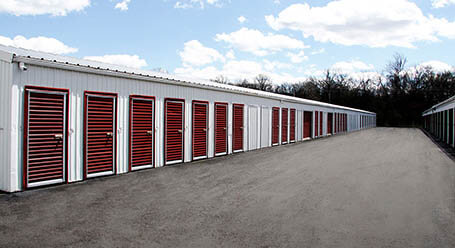 StorageMart on Rangeline in Columbia Drive-Up Units