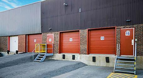 StorageMart on Rue Jacquard in Quebec City Loading Bay