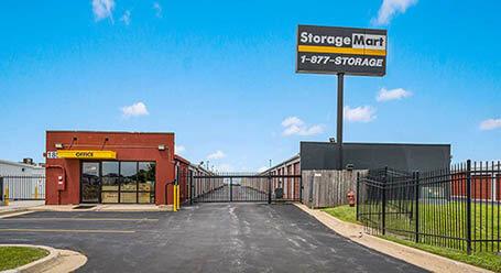 StorageMart en SE Miehe Dr en Grimes Almacenamiento