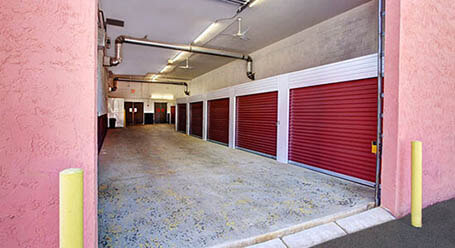 StorageMart on South Federal Highway in Pompano-Beach Covered Loading Bay