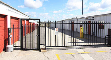 StorageMart on Southeast 14th street in Des Moines Gated Access