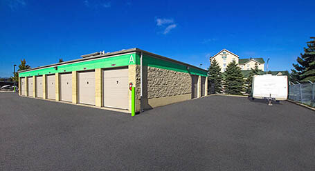 StorageMart on Syscon Rd in Burlington, ON Drive-Up Units