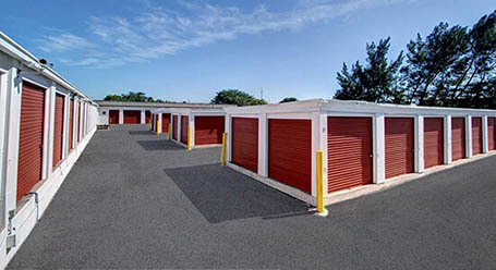 StorageMart on Third St in Key West self storage Units