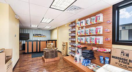 StorageMart en Venture Dr en Waukee instalación de almacenamiento