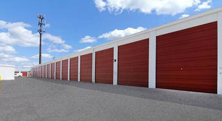 StorageMart en W Worley St en Columbia almacenamiento accesible en vehículo