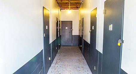 StorageMart en Walters Road en Fairfield Almacenamiento interior