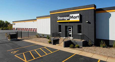 StorageMart on West 159th St in Orland Park Self Storage