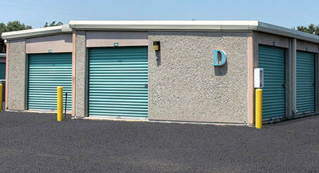 StorageMart on West 67th Street in Merriam Drive-Up Units