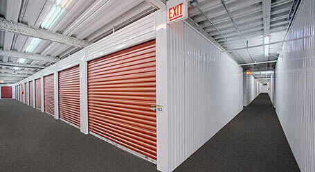 StorageMart on West North Ave in Lombard Interior Units