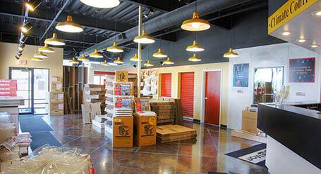 StorageMart en Wornall Road en Kansas City instalación de almacenamiento
