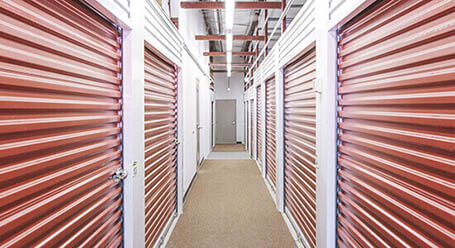 StorageMart on Wyandotte Street in Kansas City Climate Controlled Units