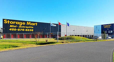 StorageMart sur Boul Sir-Wilfrid-Laurier a St Hubert Entreposage