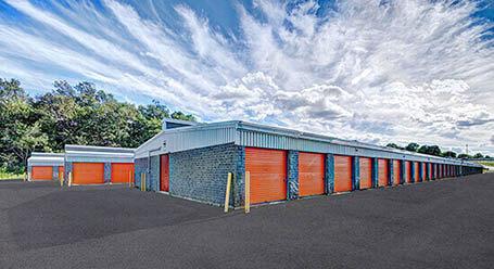 StorageMart sur Rue Galvani a Quebec mini-entrepôt