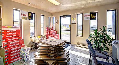 StorageMart sur Rue Galvani a Saint Foy unité d'entreposage